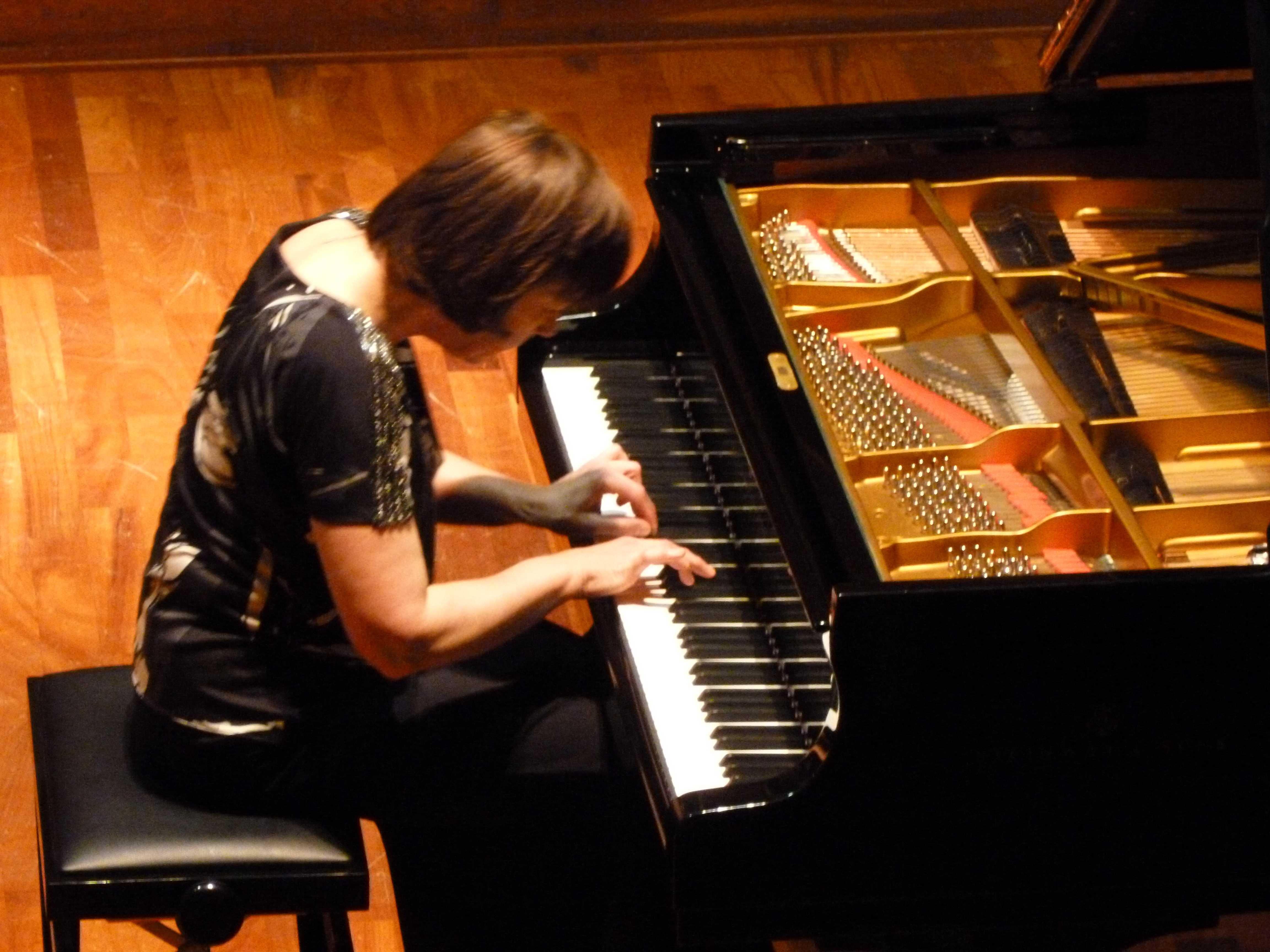 La pianista Joanna Trzciak in concerto. Sassari, sala Sassu 15 maggio 2012