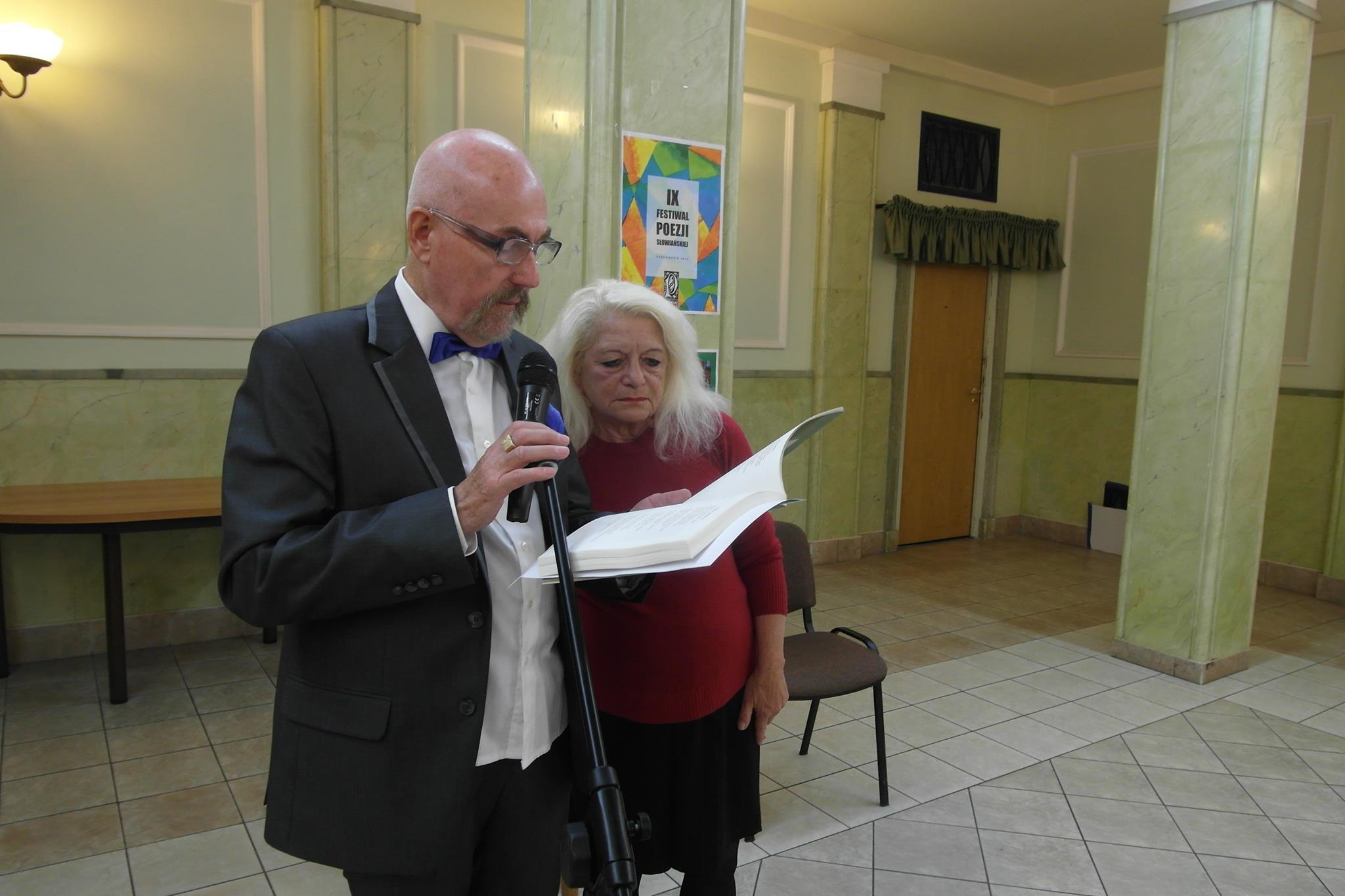 5.Dom Polonii, Aleksander Nawrocki i Angela Giannelli czytają wiersze