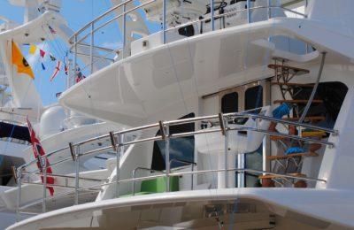 yacht-1040849_1920